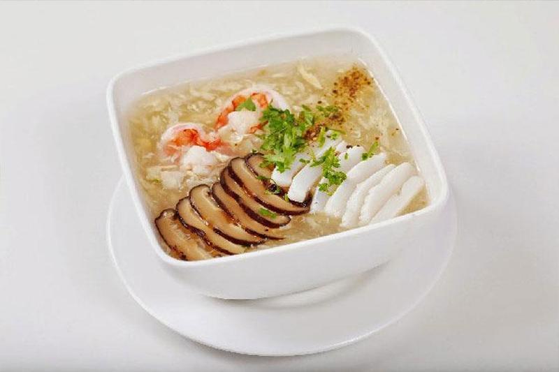Bật mí 5 món súp khai vị siêu ngon cho bữa tiệc thôi nôi ấn tượng
