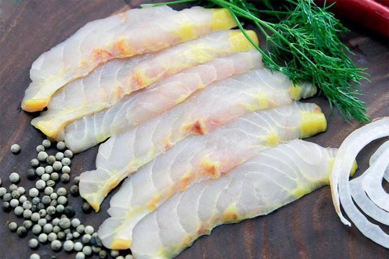 """Nấu tiệc đầy tháng với những món """"thượng hạng """" từ cá tầm"""