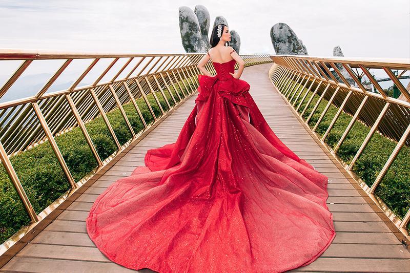 Đặt tiệc báo hỷ quận 1 – Tips hay để lựa chọn váy cưới phù hợp với tông màu da của cô dâu